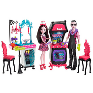 """Monster High® Игровой набор """"Семья Дракулауры"""" из серии """"Семья Монстриков"""" (FCV75), фото 1"""